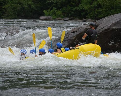 water-sport-whitewater-rafting-rafting-river